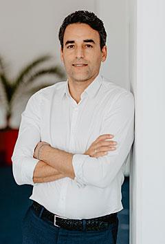 Georg Sarakatsanis Freshany